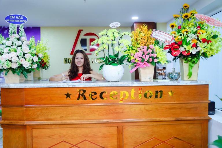 Hotel De Lucas, Quận 12