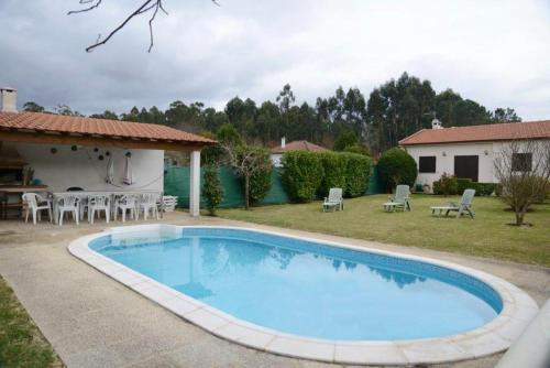 Villa with 4 bedrooms in Vila Nova de Cerveira with wonderful mountain view private pool enclosed ga, Vila Nova de Cerveira