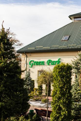 Green Park, Kalus'kyi