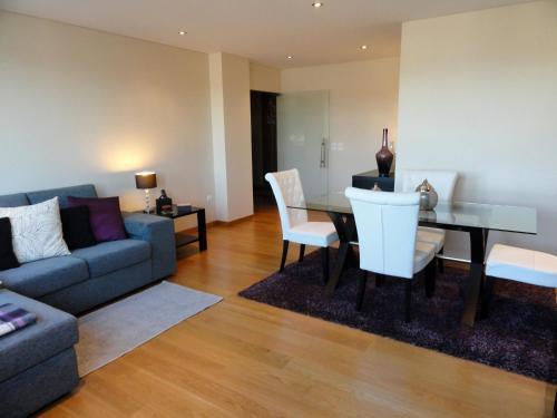 Portus Cale Apartment, Maia