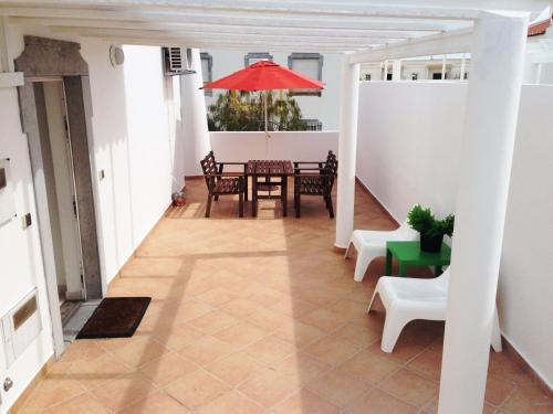 Cosy w/ terrace, near the beach, in Altura, Castro Marim