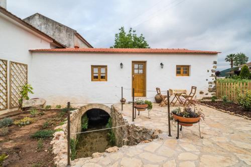 The Watermill - O Moinho da Ribeira, Porto de Mós