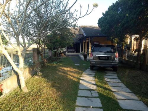 The Cathleya, Bantul