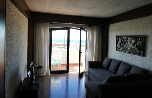 Ocean View Apartment, Almada