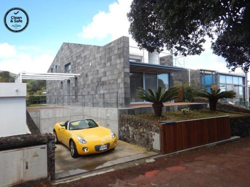 H. S. Caloura, Lagoa