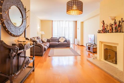 DAHOME - Foz 3 Bedroom Apartment, Porto