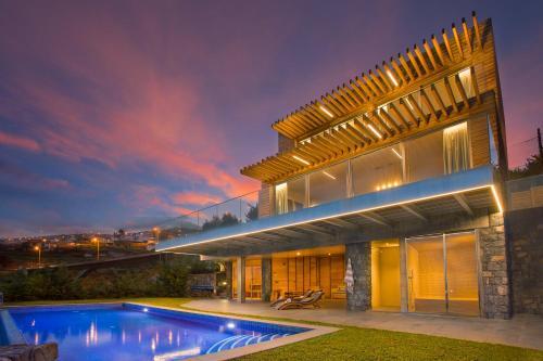 Prestige Sea View Villa, Santa Cruz
