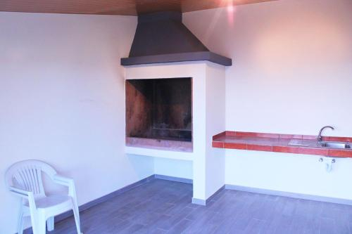 Casa Pinto | Secluded Vacation House with Free WIFI, Calheta