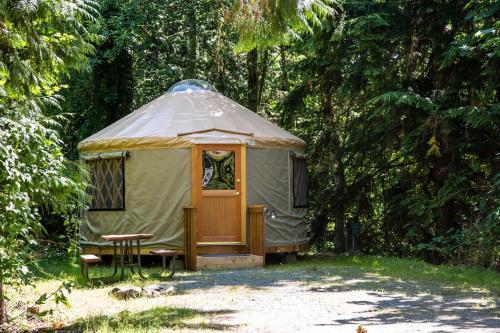 Mount Vernon Camping Resort 16 ft. Yurt 8, Skagit