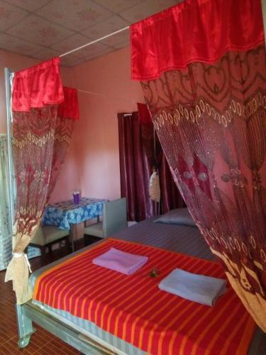 ห้องพัก โฮมทรัพย์, Sawang Daen Din