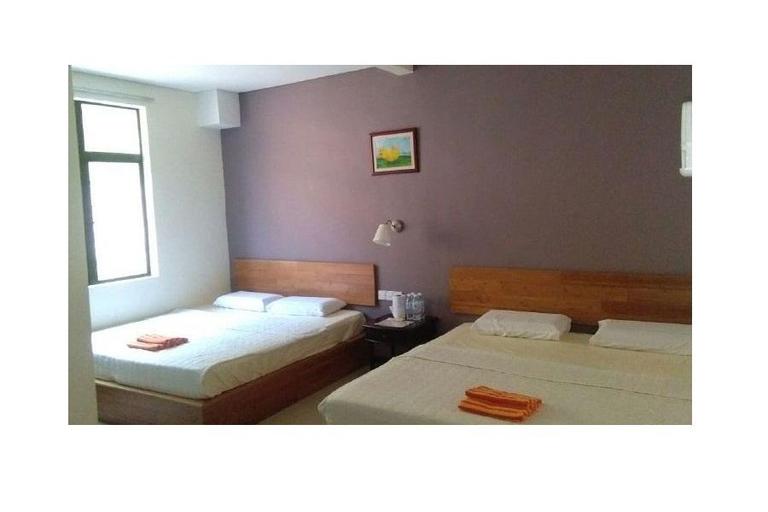 Pavilion Inn Hotel, Manjung