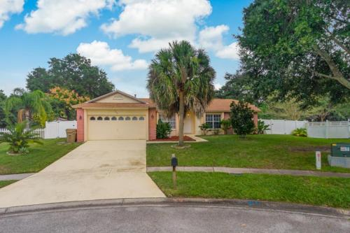 4BR Home With private Pool & Spa Only 10 miles to Disney GG2200, Lake