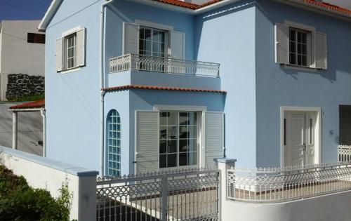 Casa Azul (Blue House), Velas
