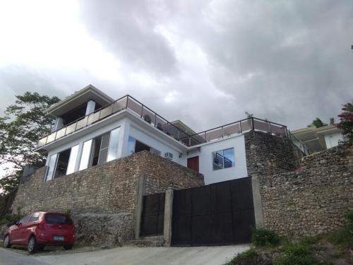 Seaview Mansion Dalaguete Apartment 4 -Family, Dalaguete