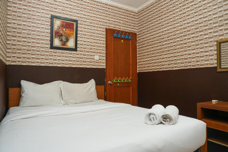 Comfy 2BR Mediterania Gajah Mada Apt By Travelio, West Jakarta