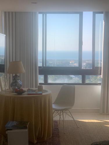 Sao Joao Beach Lounge, Almada