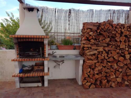Apartment with 3 bedrooms in Grandola with WiFi 20 km from the beach, Grândola