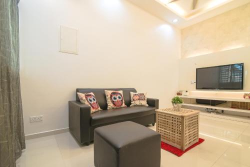 Landed Cozy House Near SPICE, Airport, Barat Daya