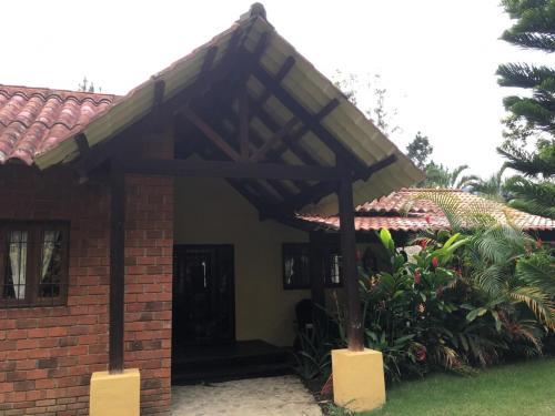 Villa Maria Paula, Jarabacoa