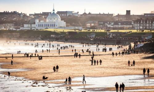 Beautiful Seaside Apartment-free parking, North Tyneside