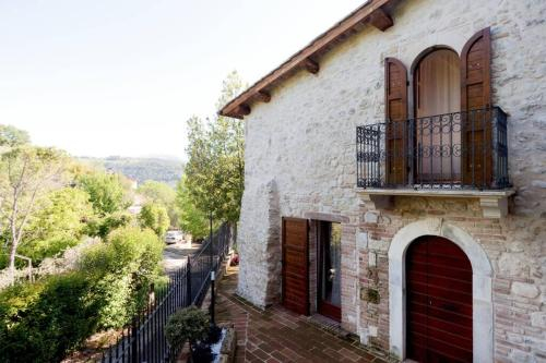 Authentic Villa Surrounded by Nature, Terni