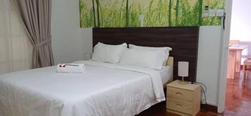 Natol Villas - Riverbank Suites, Kuching