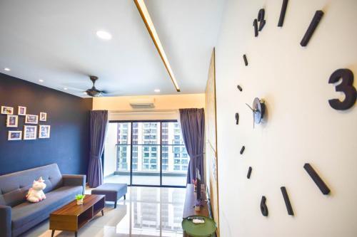 COZY HOME Landmark Residence WIFI Sungai Long MRT Cheras BALAKONG 6Pax, Hulu Langat