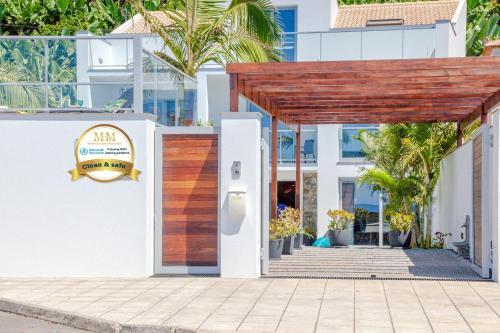 Beach House - by MHM, Ponta do Sol