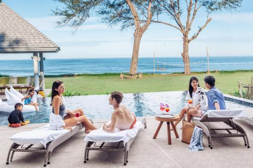 Twin Villas Natai - 10 Bedroom Luxury Beach Front Villa, Takua Thung