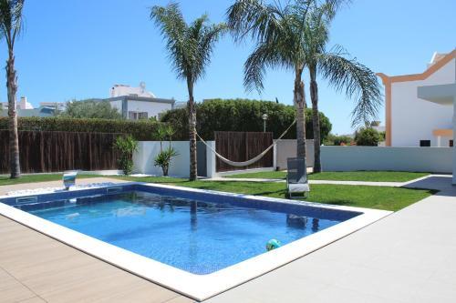 Estudio com piscina e terraco, Alcoutim