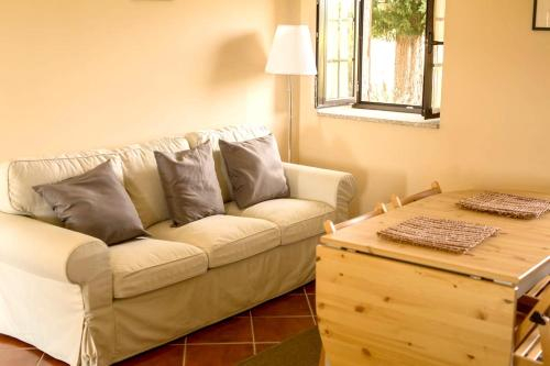 House with 3 bedrooms in Peraboa with wonderful mountain view shared pool furnished garden, Covilhã