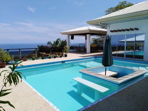Seaview Mansion Dalaguete - Apartment 5, Dalaguete