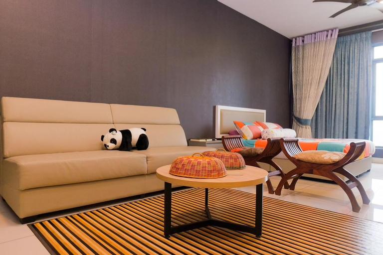 Stylish High Rise Studio with Skyline Bangi Views, Hulu Langat