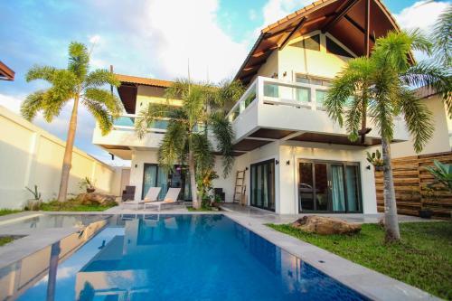 Resona Pool Villa by Aonanta Group, Muang Krabi