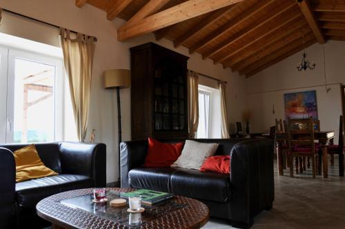 Cal Velho - Holiday Lodge, Odemira