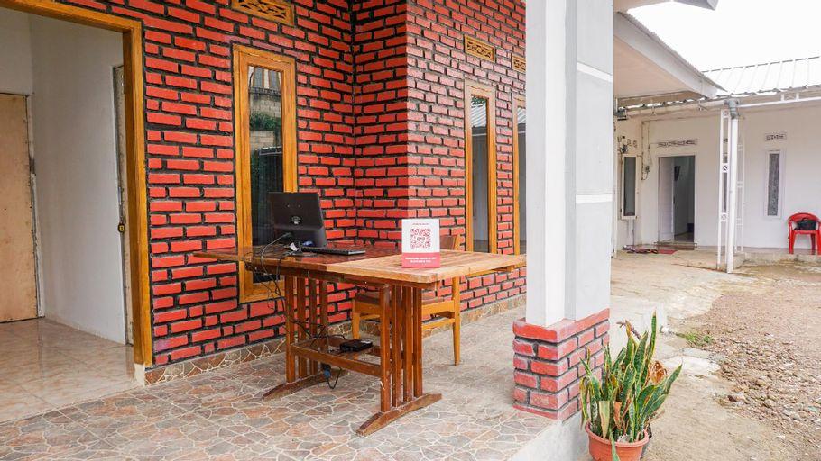 OYO 2369 Cempaka Homestay, Bandung
