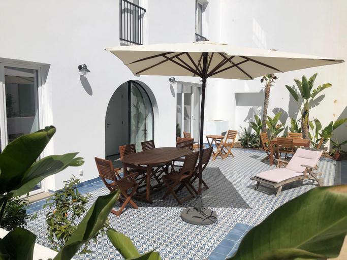 Casa Apollo Guesthouse, Faro