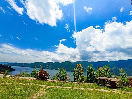FEWA LAKE VIEW HOTEL, Gandaki
