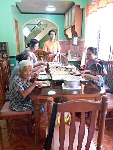 Ate Sam Place, Baybay City