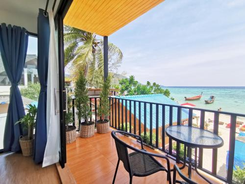 Sunrise Beach House: Private House, Muang Satun