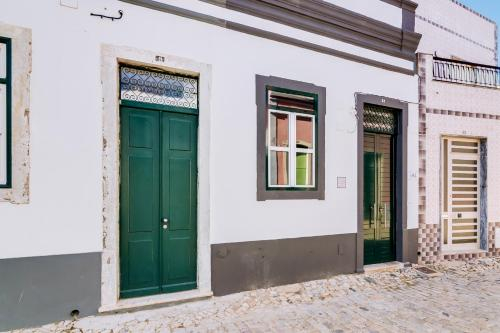 TREM - LOCATED IN OLD CITY - FARO, Faro