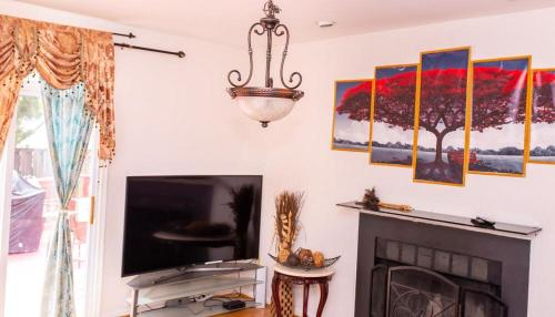 SPECIAL RATE WORTHY POSH AND MAGNIFICENT 4 BEDROOMS AND TWO & HALF BATH, Prince George's