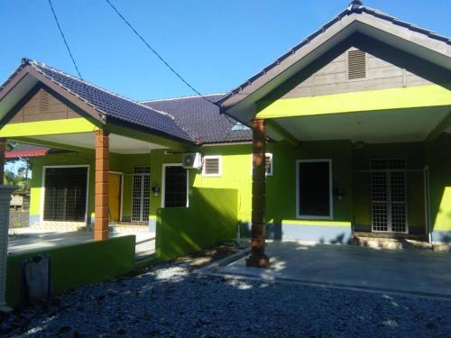 Homestay D ARYNIE, Marang