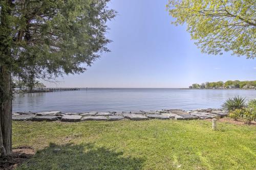 Luxe Chesapeake Bay Getaway Less Than 20 Mi to Annapolis!, Anne Arundel