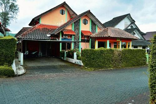 Sewa Villa Orange Premium, Cianjur