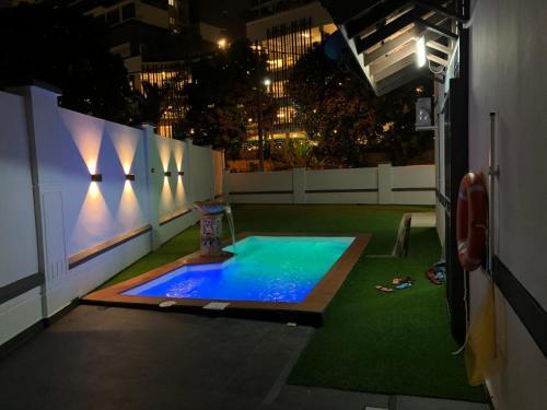 Suria 2 Homestay JB with Private Pool, Johor Bahru
