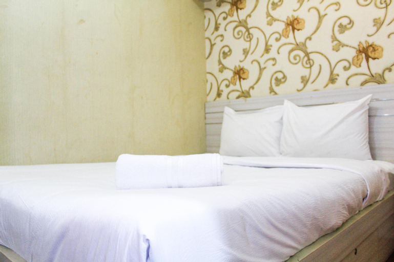 Cozy Design 1BR Green Pramuka Apt By Travelio, Central Jakarta