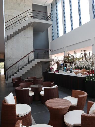 Roxy Sematan Canopy & Villa, Lundu