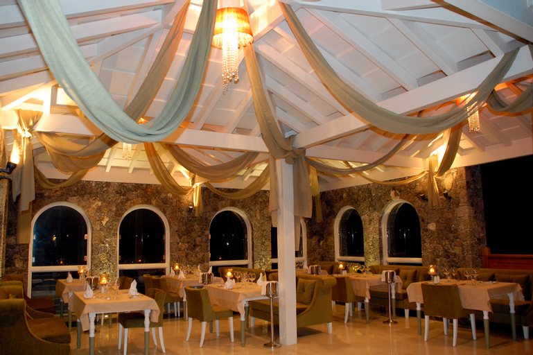 Restia Suites, Ionian Islands