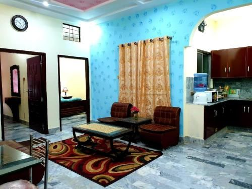 Huzaifa apartments, Gujranwala